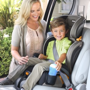 史低价,只要$69.99!Chicco Kidfit 带拉链可拆卸清洗成长型二合一儿童汽车座椅