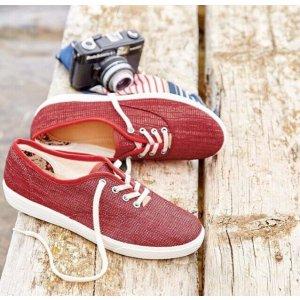 Enjoy 40% offyour first order  @ Hotter Shoes!