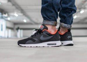 $62.99 Nike Air Max Tavas