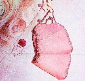 30% OffWomen's Bags on Sale @ Stella McCartney