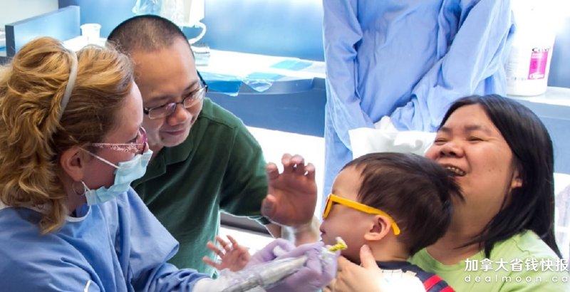带宝宝看儿童牙医