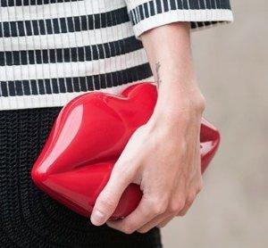 8折 收大红唇手拿包Mybag.com (US & CA) 精选Lulu Guinness 新款红唇包热卖
