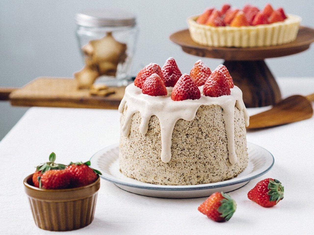 当草莓遇到奶茶 | 草莓伯爵奶茶戚风蛋糕,奶茶控的最爱✨