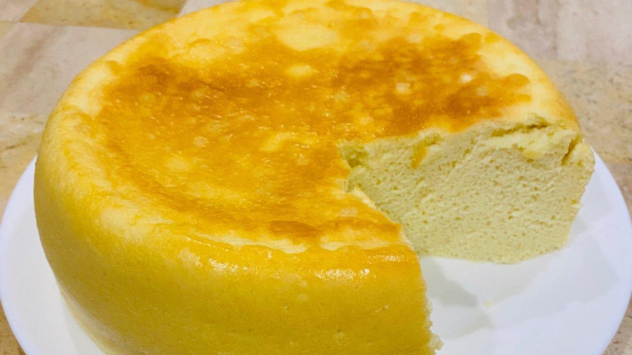 口感松软,甜味刚好 | 电饭锅蛋糕