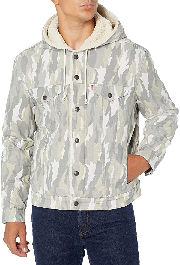 Levi's Men's 男士连帽夹克Hooded Sherpa Trucker Jacket, FLOURITE Limestone, Medium at Amazon Men's Clothing store