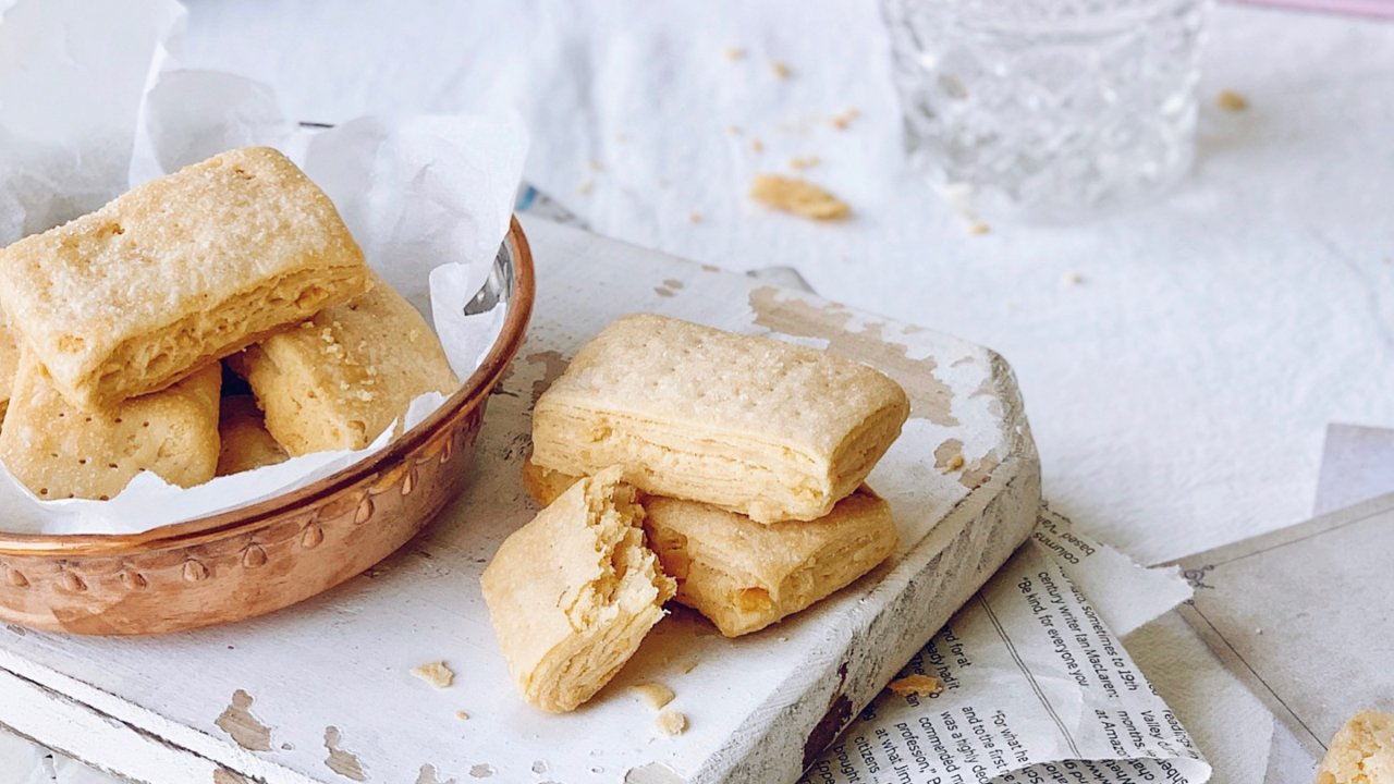 🔥㊙️酥掉渣的咸蛋黄饼干‼️一学就会,超好吃