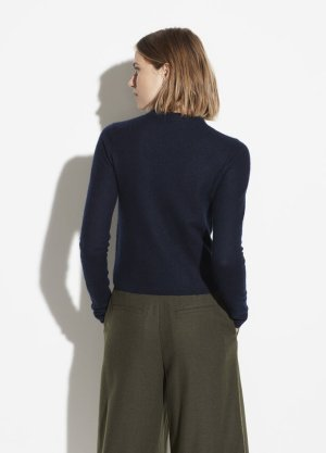 Cashmere Fitted Crew for Women | Vince