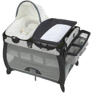$144.99(原价$199.99)Graco Pack 'n Play 便携式可移动游戏床+摇椅组合