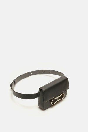 Initials Insignia | Bolso cinturón pequeño Mariola - Insignia | CH Carolina Herrera