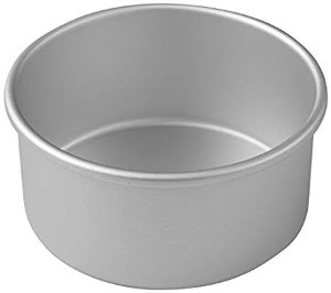 Amazon.com: Wilton Round Cake Pan, Even-Heating for Perfect Results Every Time, Durable Heavy-Duty Aluminum, 6 x 3-Inches: Kitchen & Dining