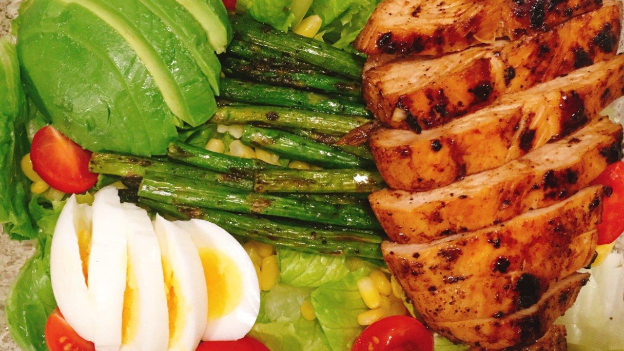 减肥路上必不可少的沙拉