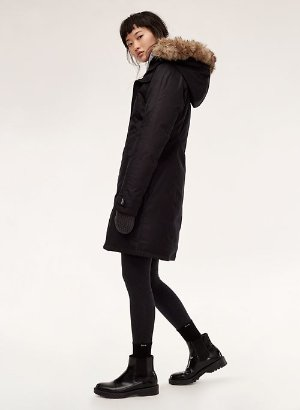 Parkas for Women | Aritzia CA