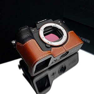 Amazon.com : Gariz XS-CHA7RM4CM Genuine Leather Half Case for Sony A7R IV A7RIV (Camel Brown Leather) : Camera & Photo