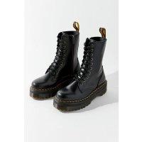 Dr.Martens Urban Outfitters 网红爆款 Dr. Martens 厚底马丁靴热卖