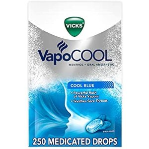 Vicks VapoCOOL Medicated Drops, 5 Packs of 50 (250 Drops Total) - Soothe Sore Throat Pain Caused by Cough