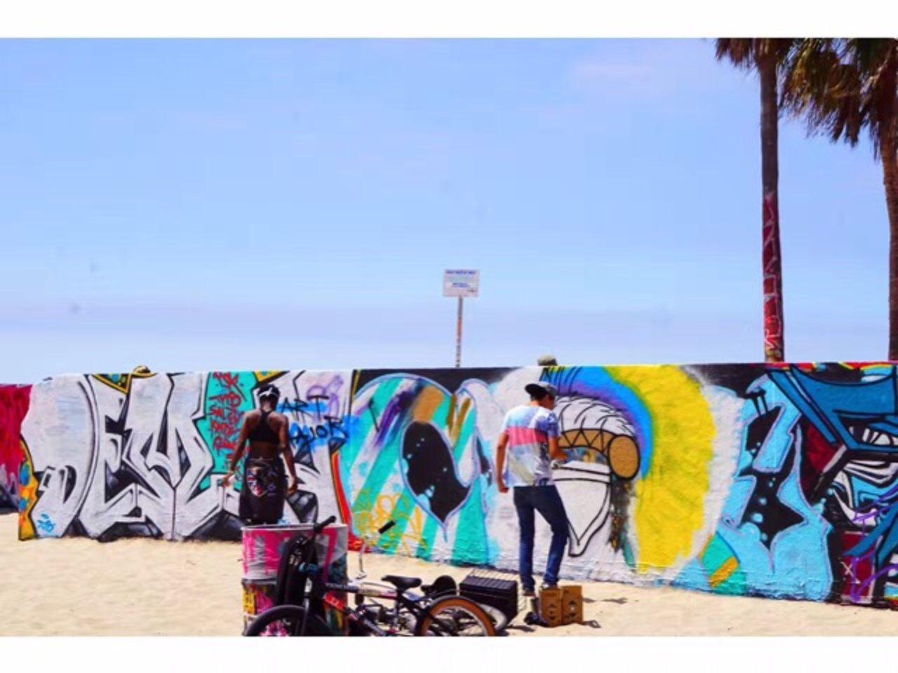 【威尼斯海滩与涂鸦艺人】从Airbnb体验项目说开来