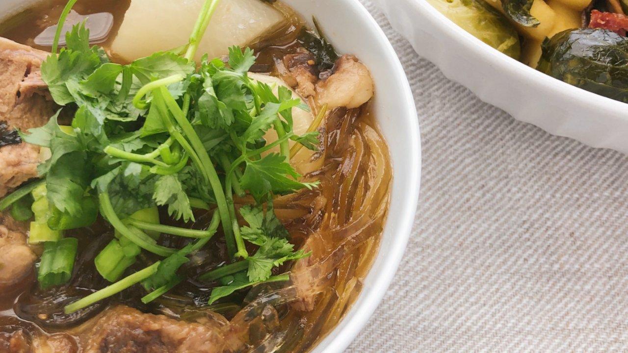 超超超浓郁羊肉萝卜汤 自制万能牛骨汤底 压力锅食谱 慢炖锅食谱