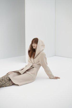 QUAINT ICONIC Lara Wool-Cashmere Coat - Nude
