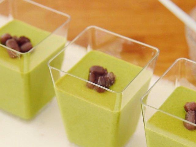有锅和冰箱就能做的日式蜜豆抹茶豆腐...
