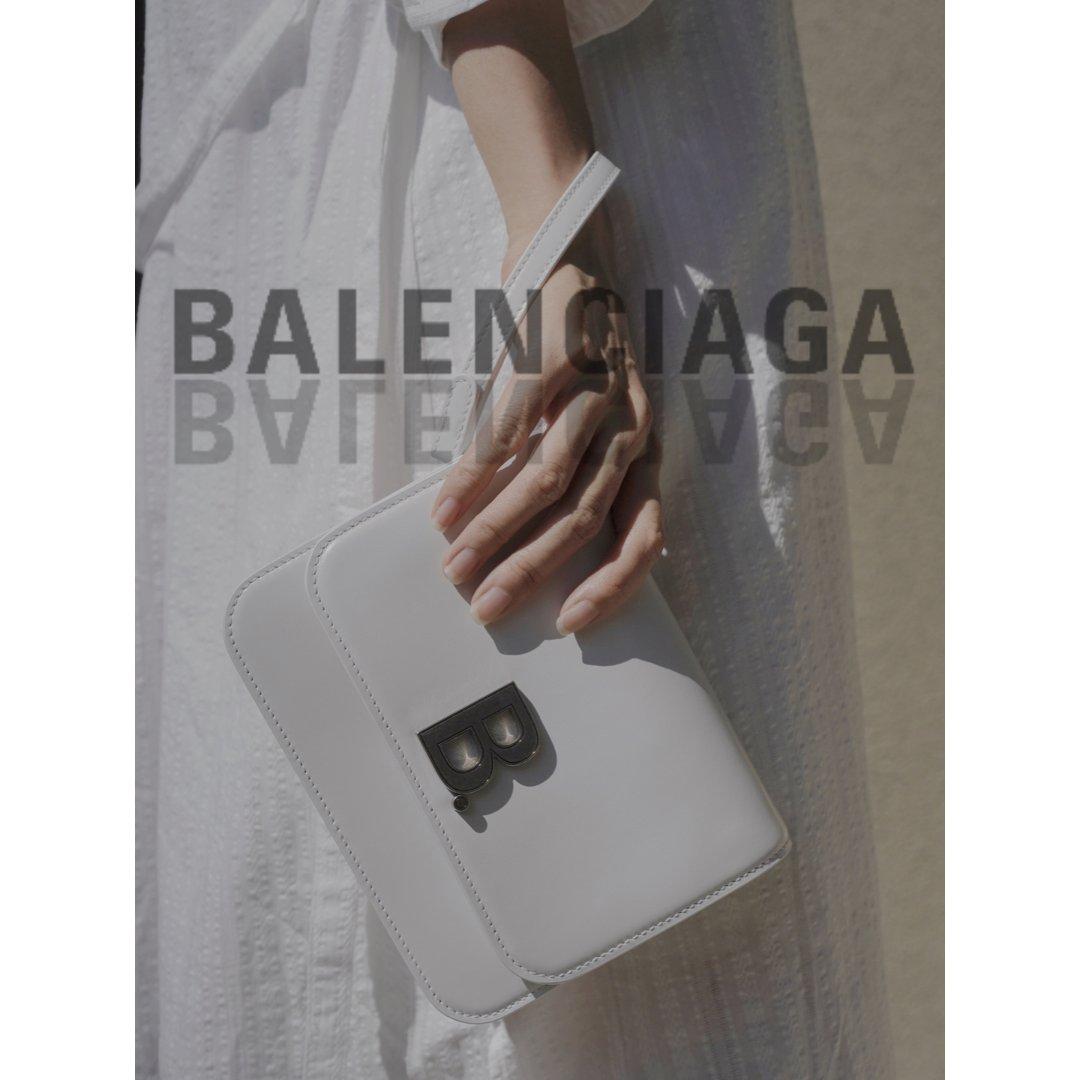 Balenciaga的白豆腐太🉑️...
