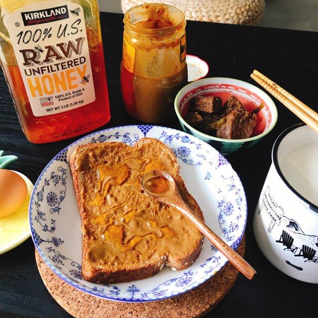 古早美食|芝麻酱蜂蜜涂面包!🍯