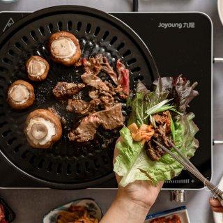 节日聚餐神器 可精确调节火力的九阳智能电陶炉