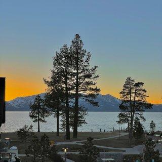 北加|绝美湖景的身神仙酒店Edgewoo...