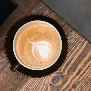 宅家打卡 想念能出门喝咖啡的日子...