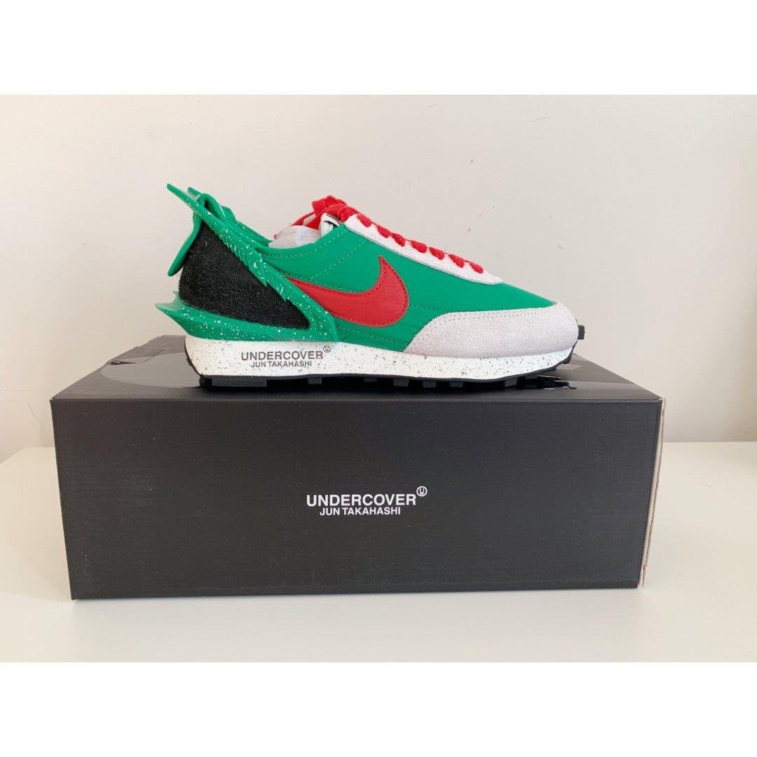有夏天感觉的運動鞋   Nike ...