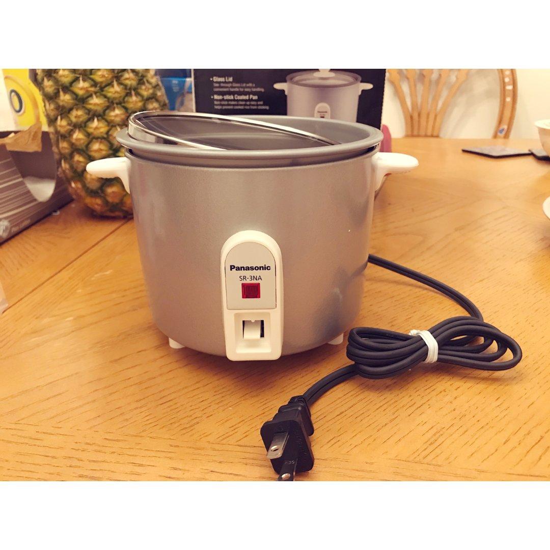超级 mini 小电饭煲