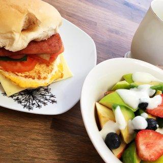 早鸭。。。好好吃早餐🥣...