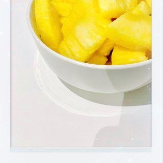 今日菠萝🍍今日食~...