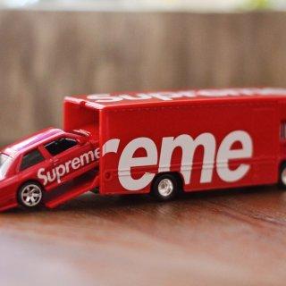 Supreme hot wheels 汽...