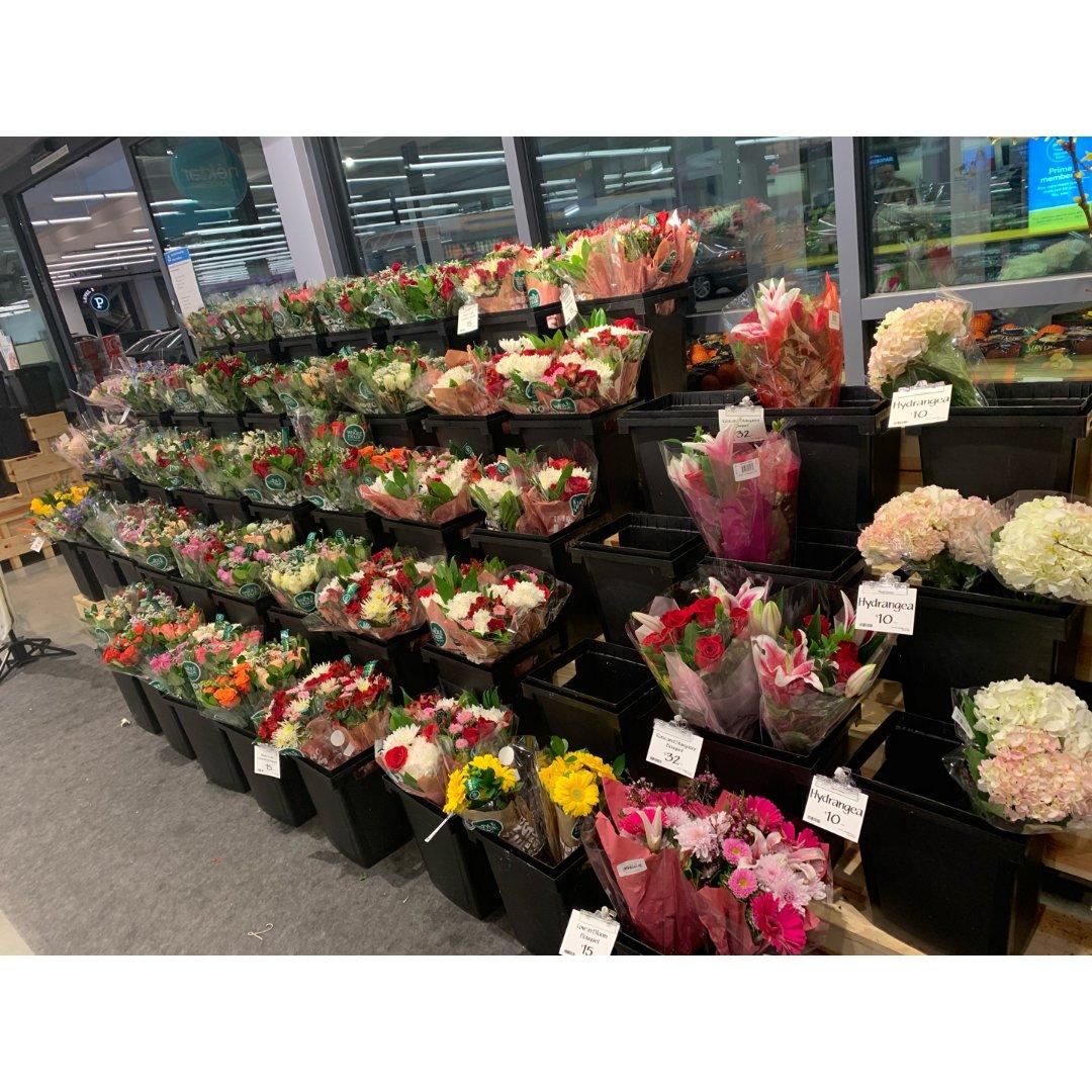情人节还没买花吗?