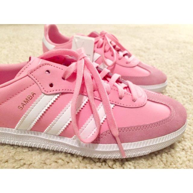 超~~~少女心的运动鞋