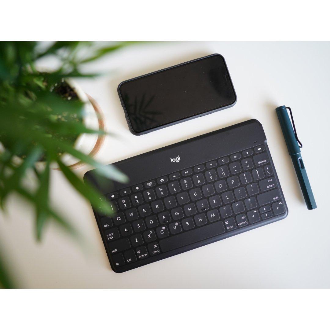 罗技便携蓝牙键盘|终于给iPad ...