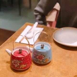 安利一家比斯特的中餐厅...