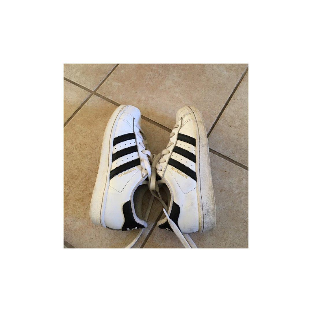 家里白鞋子超多 所以怎么洗鞋子是个...