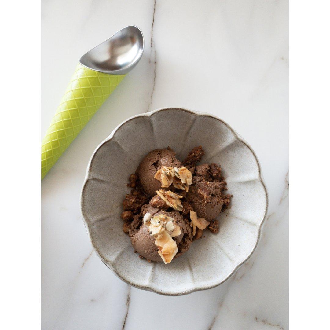 熊猫厨房|超简单巧克力冰淇淋