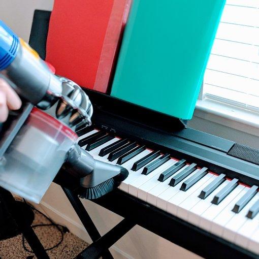 #Dyson无绳吸尘器变身手持吸尘器-细致清理不烦恼