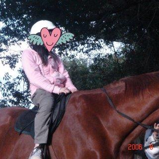❣我的童年❣ 第一次骑马🐴...