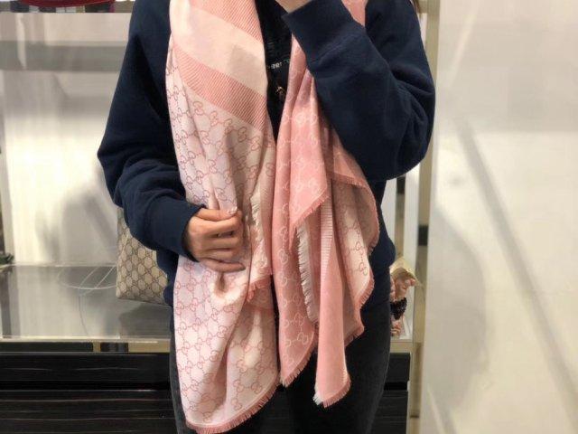 Gucci 围巾🧣🧣🧣好价入