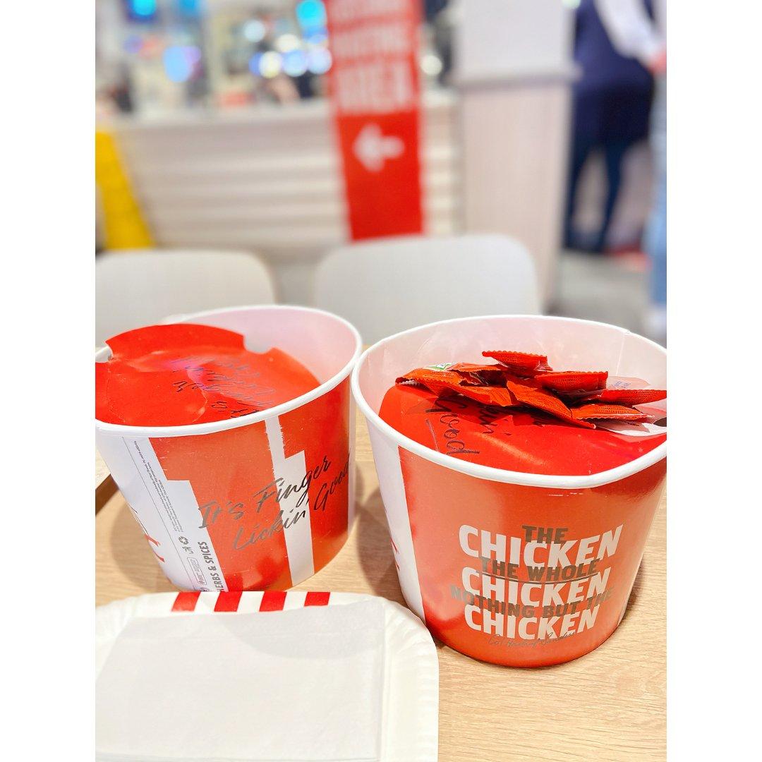 KFC 3镑的原味鸡块...