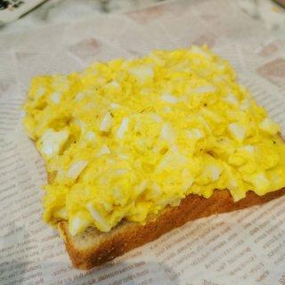 😍😍鸡蛋三明治🥪肉松简直升华了整个三明治...