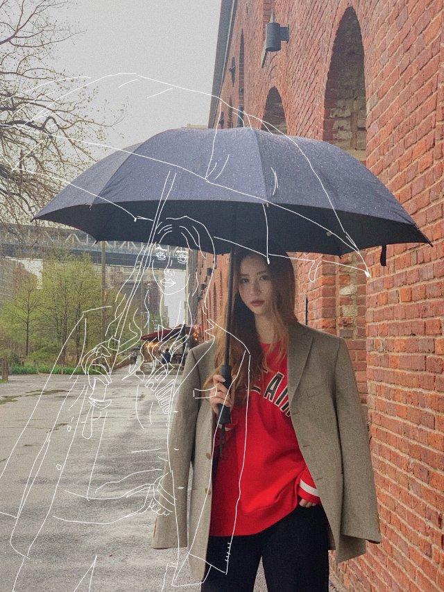 雨天请把男朋友的外套穿起来