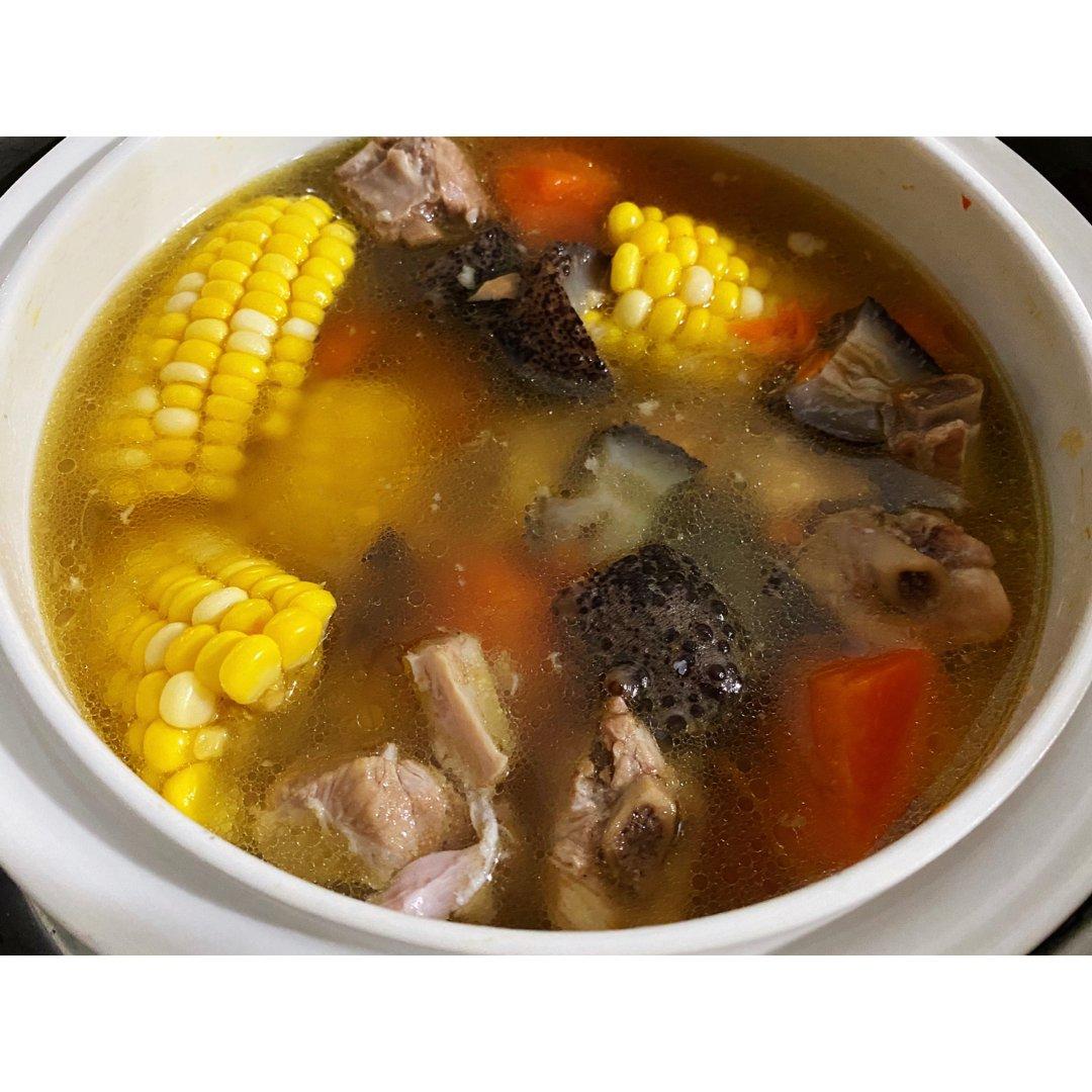 厨艺显摆👩🏻🍳海参排骨汤