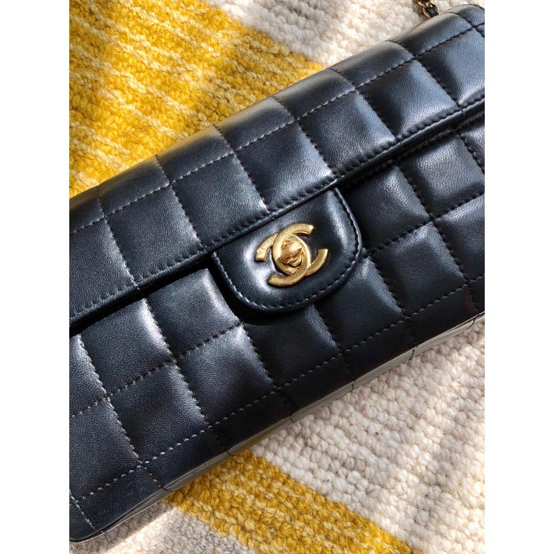 Chanel黑金冰格|第一个中古包包