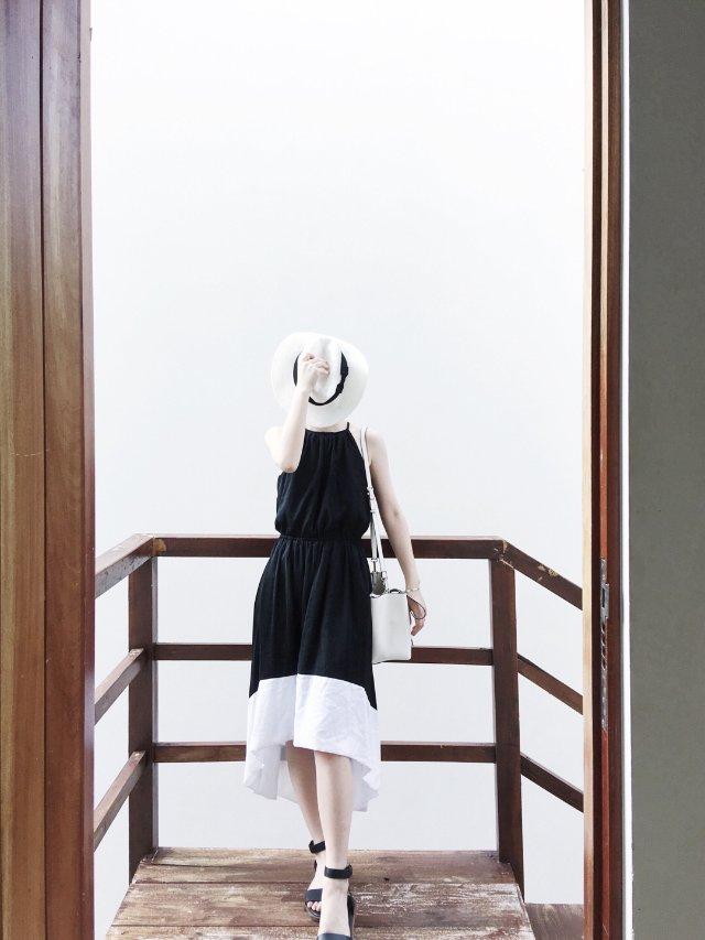 度假穿什么❓ | 经典黑白长裙 |...