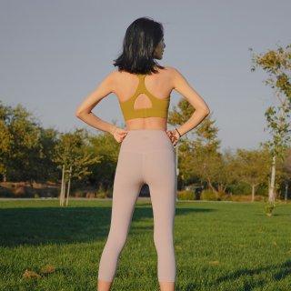因为好看的瑜伽服从此爱上运动的自己...