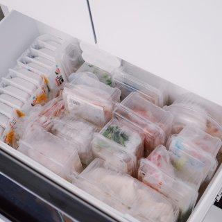 装水果的塑料盒不要丢,还能做收纳神器!...